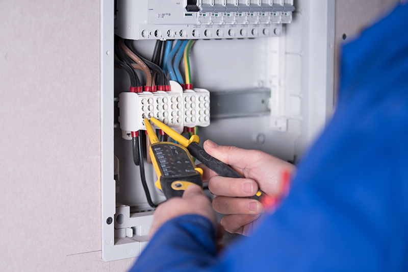 Emergency Electrician in Guildford Surrey